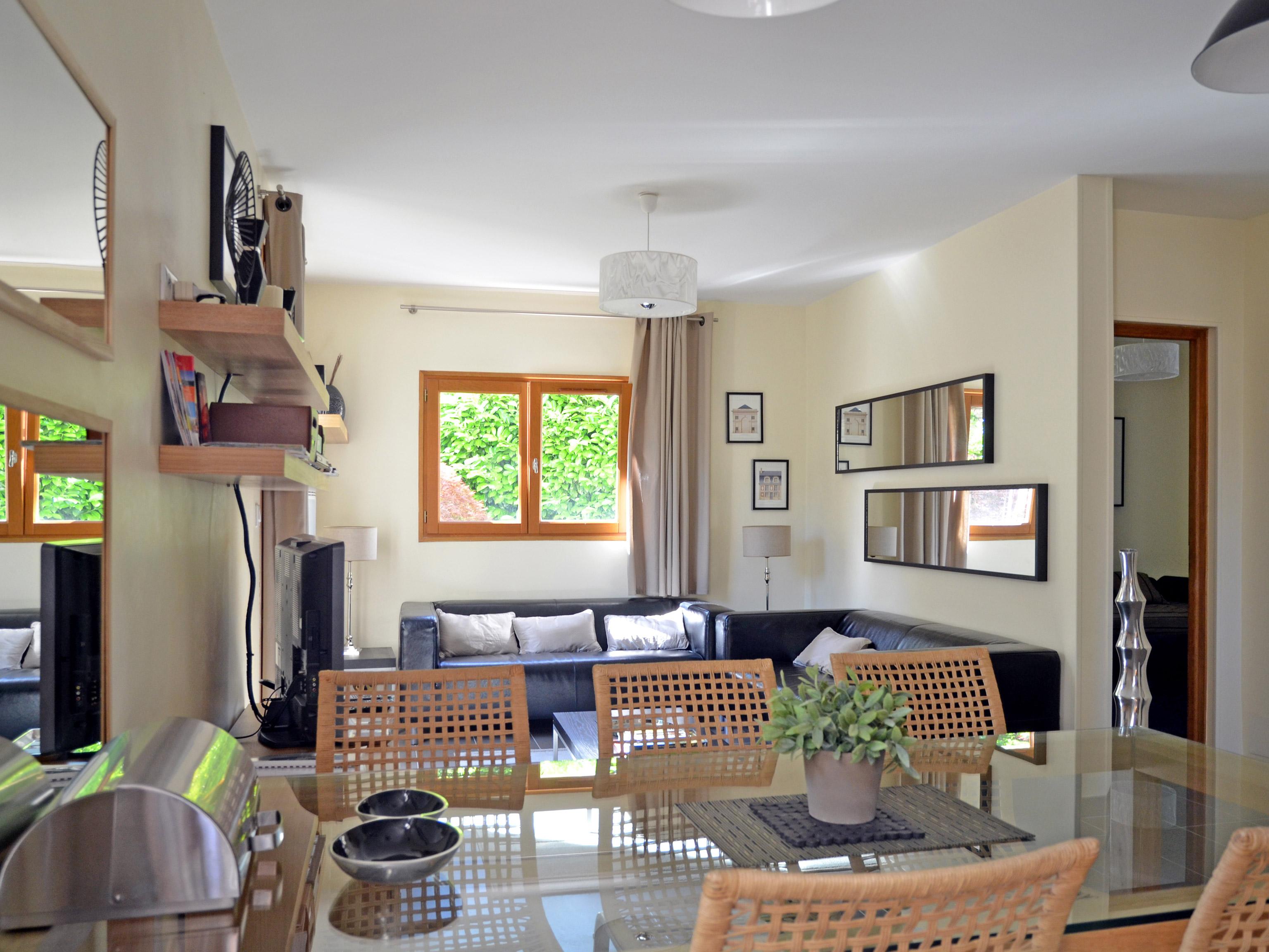 Location Appartement Meublé 625m2 3 Pièces Versailles Amvgp