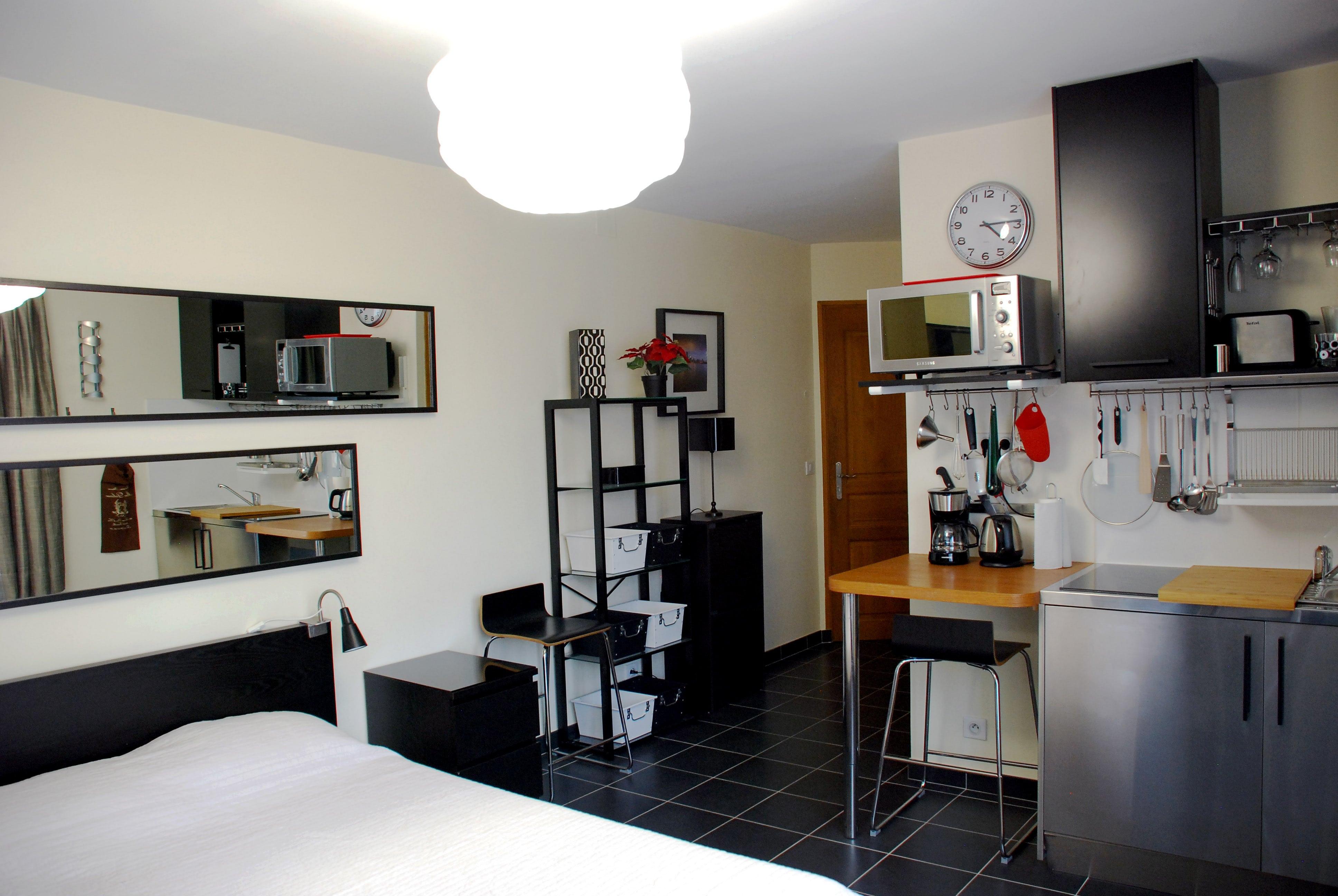 appartement studio meublé versailles genet salle de bain